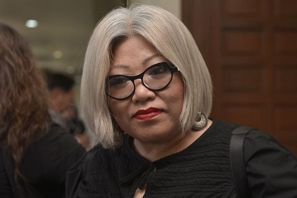 Tunjuk jari tengah, peguam negara tidak dakwa Siti Kasim | Berita ...
